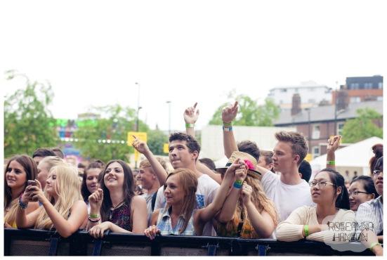 Devonshire Green crowd