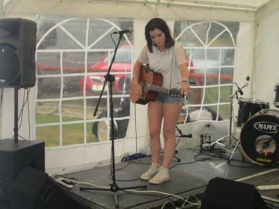 Emily Worton (2)